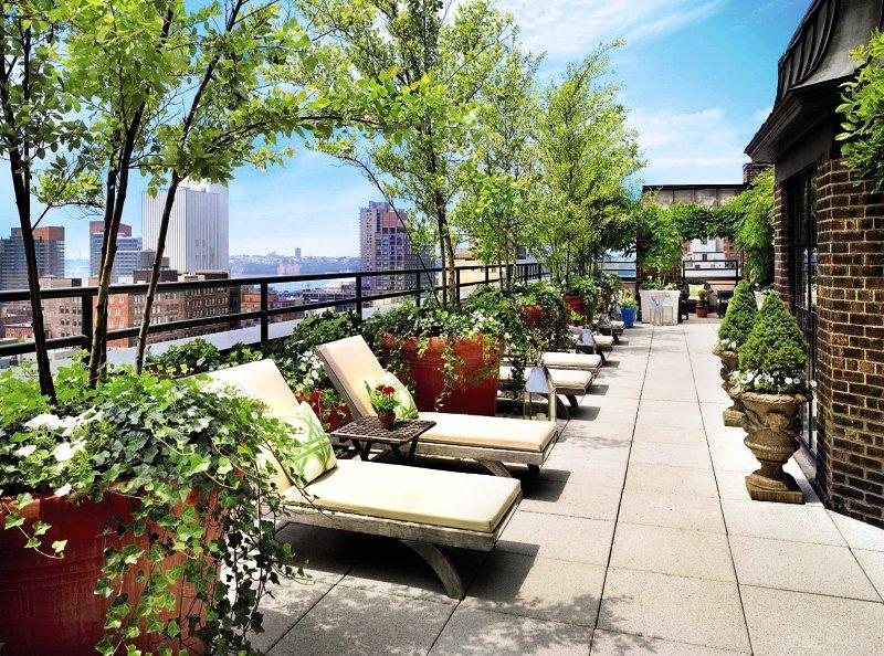 Dachterrasse des Hotel Hudson in New York