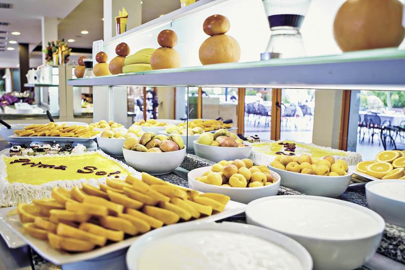 Nachtischbuffet im Hotel Primasol