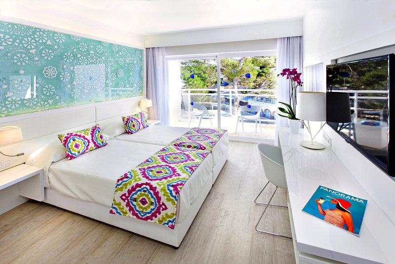Zimmer im Sensimar Beach Hotel auf Ibiza