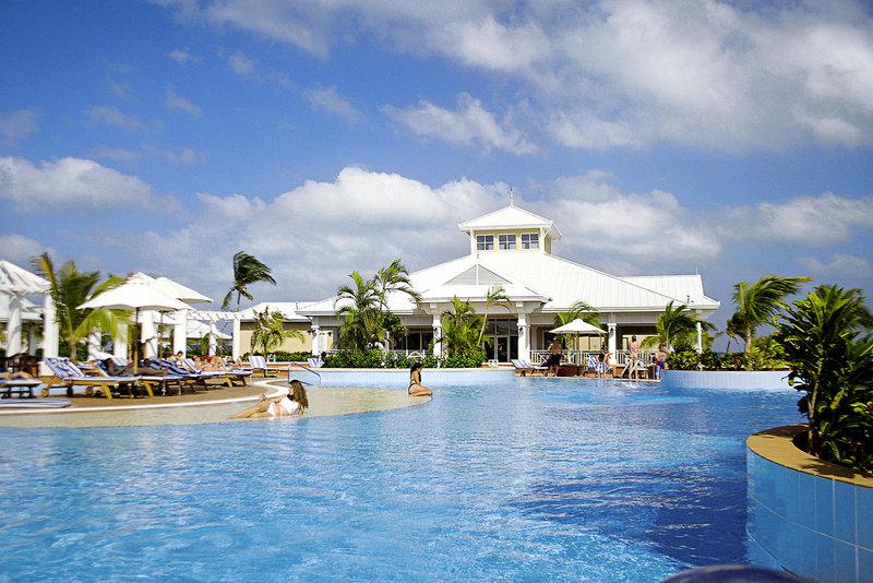 Poolbar am Hotel Marina Varadero Blau Resort