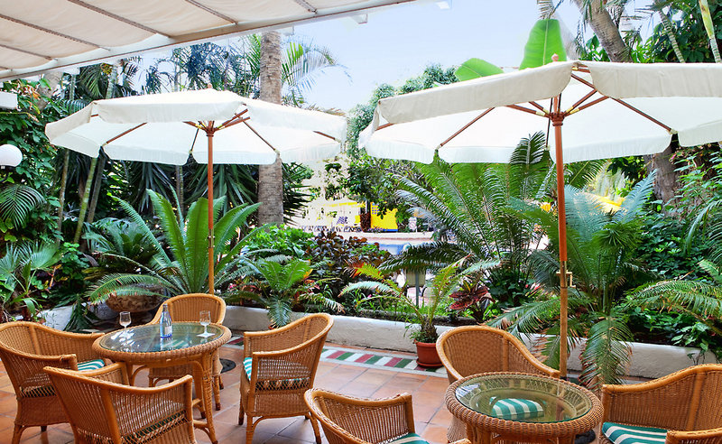 Terrasse im Hotel H10 Teneriffa Playa