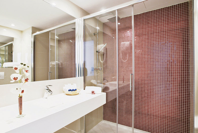 Badezimmer im Hotel Arogs