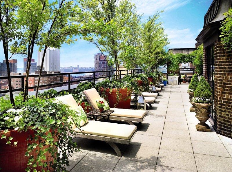 Dachterrasse des Hotel Hudson in New York