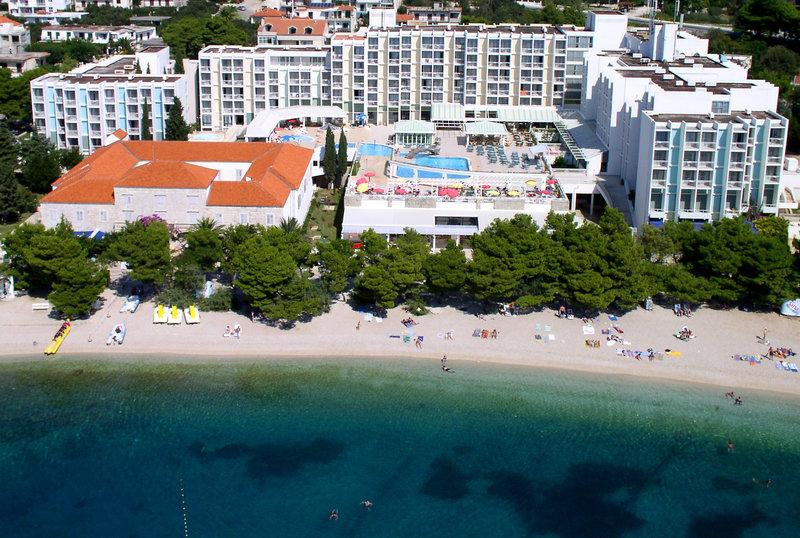 Hotelanlage in Kroatien mit Strand