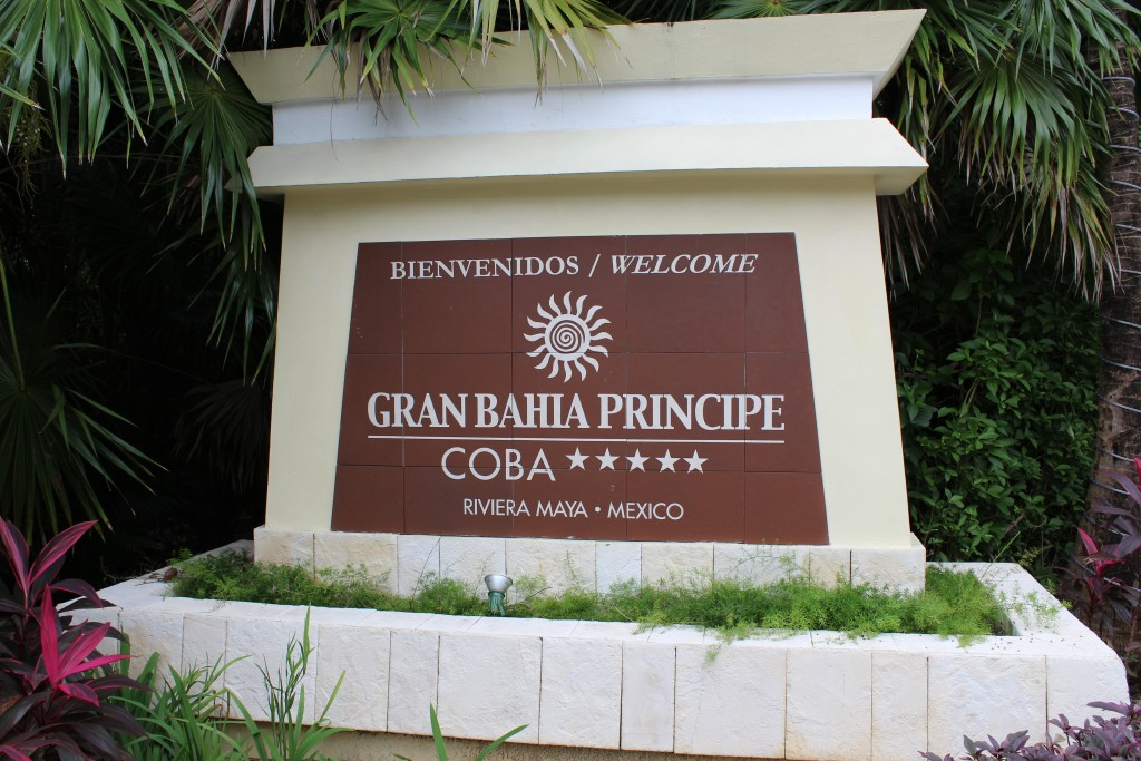 Eingang des Bahia Principe Coba in Mexiko