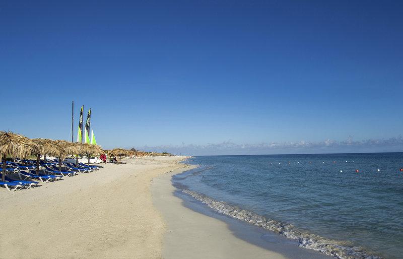 Strand an der Marina von Varadero